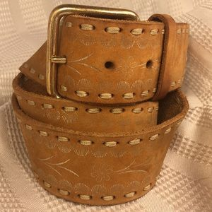 Leather floral motif solid brass buckle XL belt